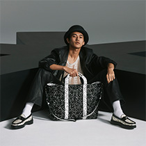 JIMMY CHOO / ERIC HAZE CURATED BY POGGY 系列